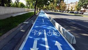 Bisiklet yolu kaldığı yerden