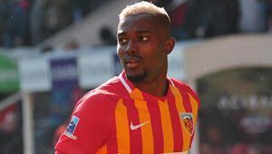Son Dakika Transfer Haberleri | Beşiktaş, Bernard Mensah yarışında öne geçti