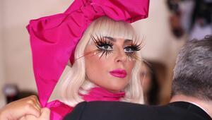 Lady Gagadan çarpıcı itiraf: Beynimi kontrol edemiyorum