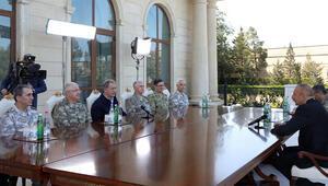 Bakan Akar ve Azerbaycan Cumhurbaşkanı Aliyevden iş birliği vurgusu