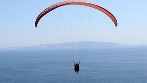 Adrenalin tutkunları Uçmakderede gökyüzüne dokunuyor