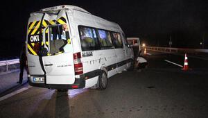 Boluda taziyeye gidenleri taşıyan minibüs devrildi: 13 yaralı