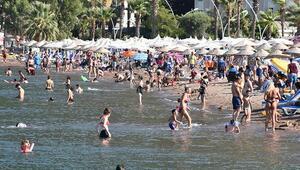 Marmariste sıcakta sokaklar boşaldı...Plaj ve havuzlarda yoğunluk yaşandı