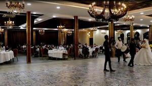Şanlıurfa'da düğünler denetlendi, kurallara uymayanlara ceza kesildi