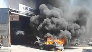Tamire bırakılan otomobil, alev alev yandı