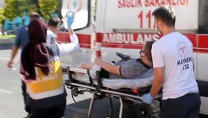 Kayseride bıçaklı kavga 1i çocuk 2 kişi yaralandı