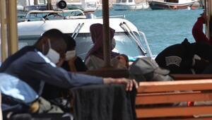Ayvalık açıklarında Türk kara sularına geri itilen 42 sığınmacı kurtarıldı