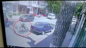 Bisiklet sürücüsünün yaralandığı kaza kamerada