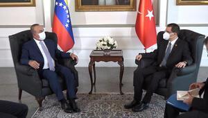 Bakan Çavuşoğlu, Venezuelalı mevkidaşı ile Arreaza görüştü
