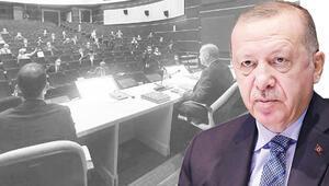Cumhurbaşkanı Erdoğandan kurmaylarına uyarı: Konuştuklarımız aramızda kalsın