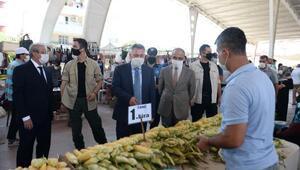 Adana Valisi Süleyman Elban, semt pazarında koronavirüs tedbirlerini denetledi