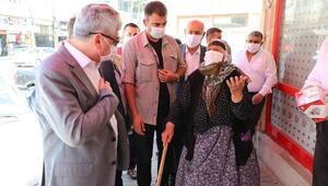 Hatay Valisi Doğan, Reyhanlı'da koronavirüs denetimlerine katıldı