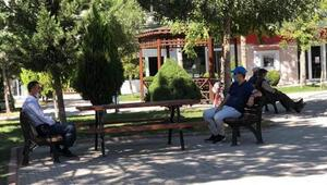 Karamanda 65 yaş ve üstü ile 18 yaş ve altı vatandaşlara yönelik kısıtlama