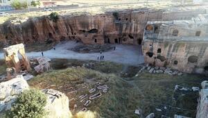 Dara Antik Kentinde dünyada benzeri olmayan galeri mezara ilgi