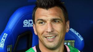 Son dakika | Fenerbahçeden bir transfer daha: Mario Mandzukice 5 milyon euro