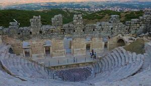 Yılın dokuz ayı üzeri kapatılan Medusaya ziyaretçi yoğunluğu
