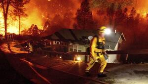 Trump Californiadaki yangınları büyük afet ilan etti