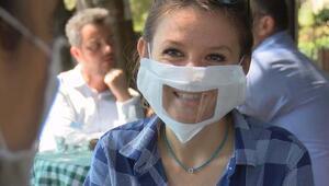 İşitme engelliler için herkes yanında bir 'şeffaf maske' bulundursun