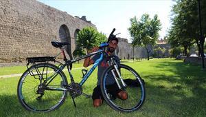 Bisikletle 59 günde 29 şehir gezdi