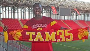 Son dakika transfer haberi | Göztepenin yeni golcüsü Cherif Ndiaye oldu