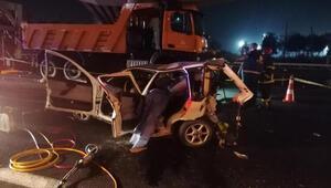 Son dakika haber... Gebzede iki otomobil çarpıştı: 3 ölü