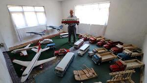 Emekli madenci, ahşaptan maket uçak ve otomobilleriyle müze açmak istiyor