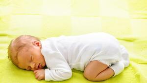 2 aylık bebek gelişimi - 2 aylık bebeğin boyu, kilosu, beslenmesi, uykusu ve gelişim tablosu