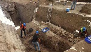 Daskyleion Antik Kentinde tarihi duvarlar gün ışığına çıkıyor
