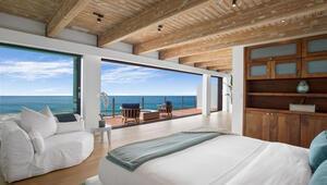 Ünlü oyuncu yazlık evini satışa çıkardı: Sanki okyanus odanın içinde