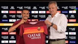 Roma, Chelseaden ayrılan Pedroyu transfer etti