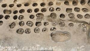 Japonya'da 350 kişilik tarihi mezar bulundu