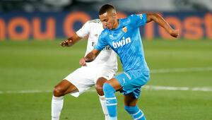 Rodrigo resmen Leeds Unitedda
