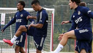 Fenerbahçede Muriqi ve Tolgay idmanda yer almadı