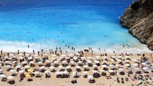 Turizmin başkenti Antalyaya 3 günde 100 bin turist geldi