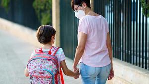 Okula dönüş sürecinde ebeveynler çocuklarına nasıl davranmalı