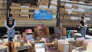 Islak mendil yüklü TIRda, 10 milyon lira değerinde kaçak parfüm ele geçirildi