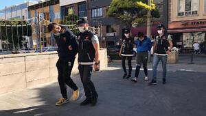 Eskişehir'deki uyuşturucuya 4 tutuklama