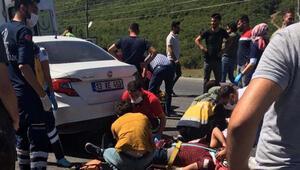 Bitliste kamyona arkadan çarpan otomobildeki 11 kişi yaralandı