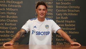 Leeds United, Alman stoper Robin Kochu transfer etti