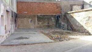 Bağlarda metruk yapılar yıkıldı