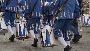 Almanya'nın en büyük karnavalına koronavirüs iptali