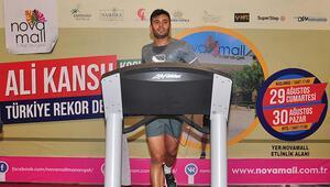 Rekor için 24 saatte koşu bandında 213 kilometre koştu