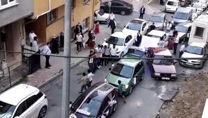 İstanbulda pes dedirten görüntüler Yolu kapatıp halay çektiler