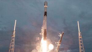 SpaceX Arjantine ait yer gözlem uydusunu uzaya fırlattı