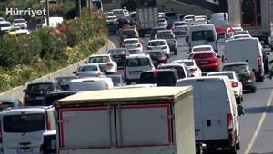 Esenlerde araç arızası nedeniyle trafik durma noktasına geldi