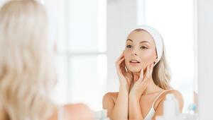 Bu yöntem cildi onarıp yenilenmesini sağlıyor