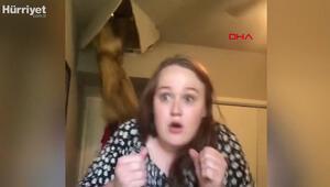 Genç kız şarkı söylerken annesi tavandan düştü