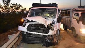 İzmirde feci kaza: 1 ölü, 4 yaralı
