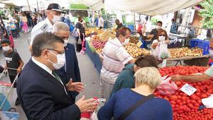 Kadıköy semt pazarında koronavirüs denetimi