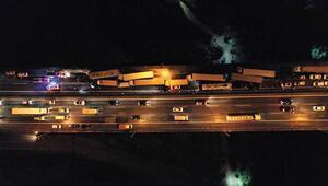 TEMde 28 araç birbirine girdi Ankara yönü 3 saat kilitlendi